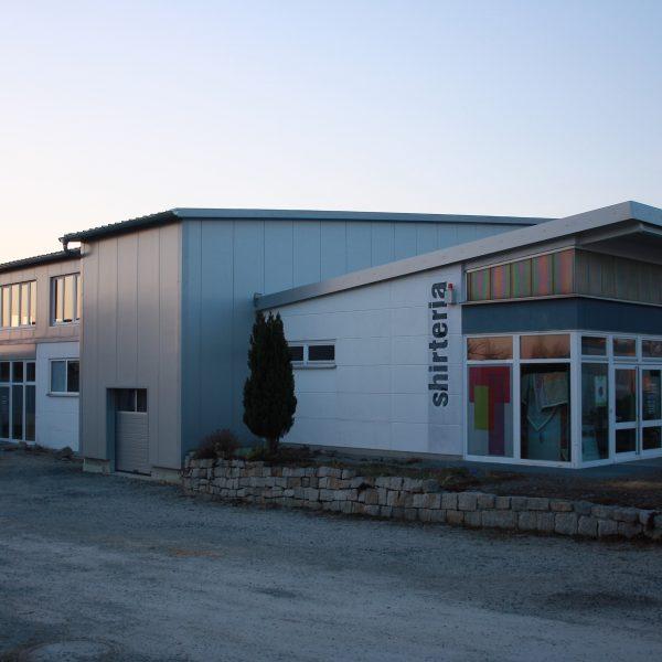 Firmengebäude 2016
